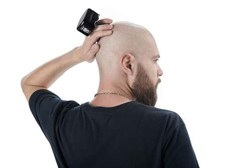 Reaching behind your head for a clean shave is a non issue with the Pitbull shaver.