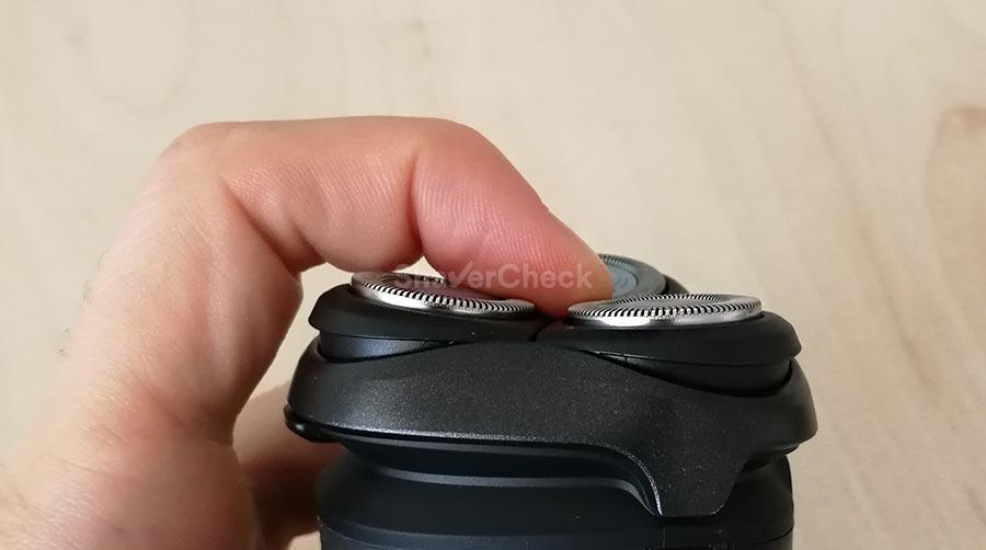Norelco 2100 flexible shaving heads.