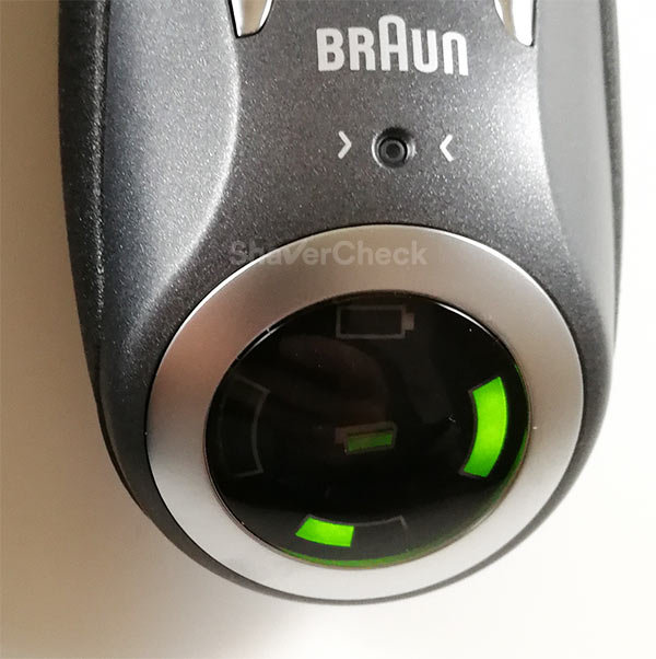 Braun Series 7 7865cc LCD display