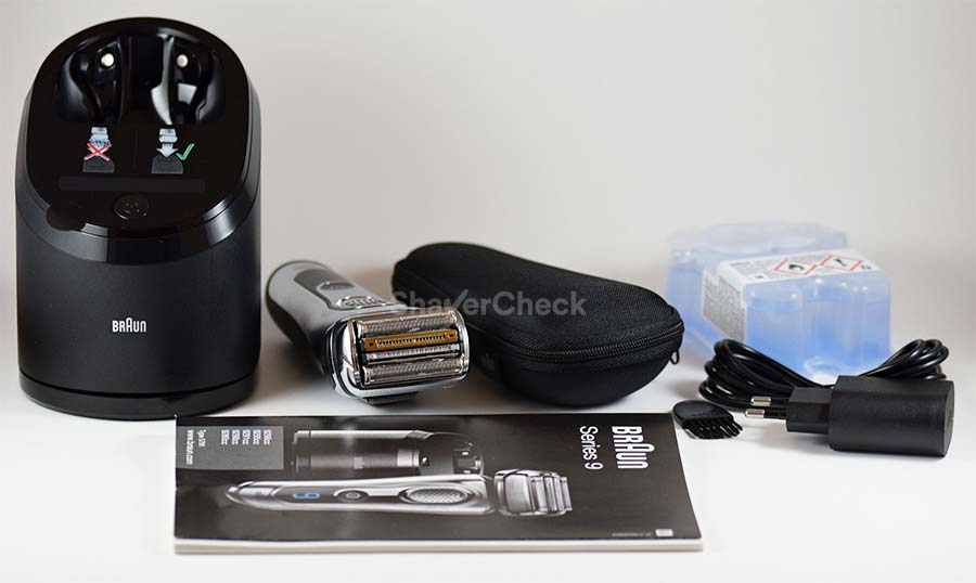 Braun Series 9 9290cc included accessories.