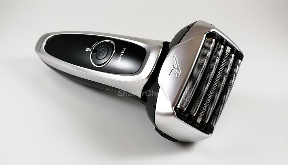 The Panasonic Arc 5 ES-LV65-S has 5 shaving elements.