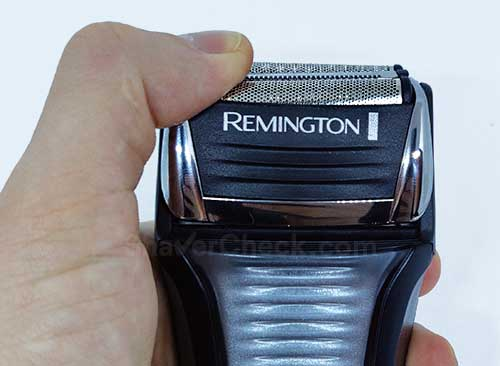 The limited range of motion of the 3 shaving elements.