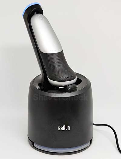 The Braun Series 7 7071cc during the cleaning process.