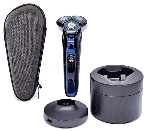 Philips Norelco Shaver 7700.